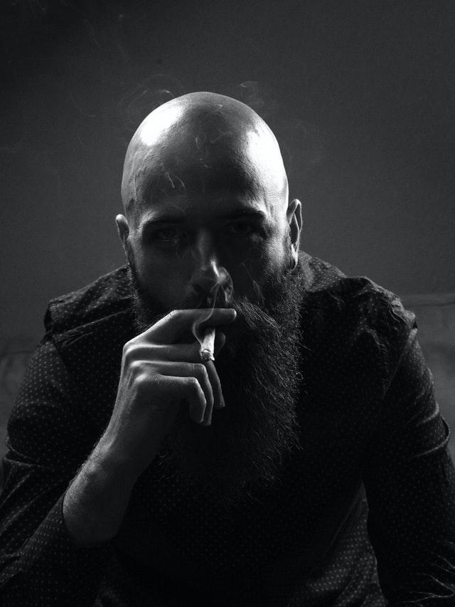skaldet-frisure-til-skægget